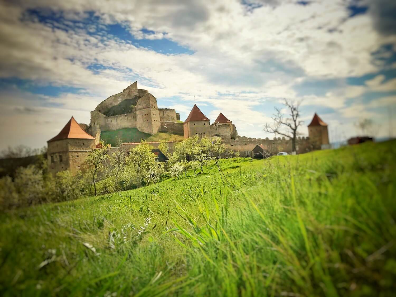 Cetatea RUPEA FEATURED Povestea Locurilor B2B Strategy