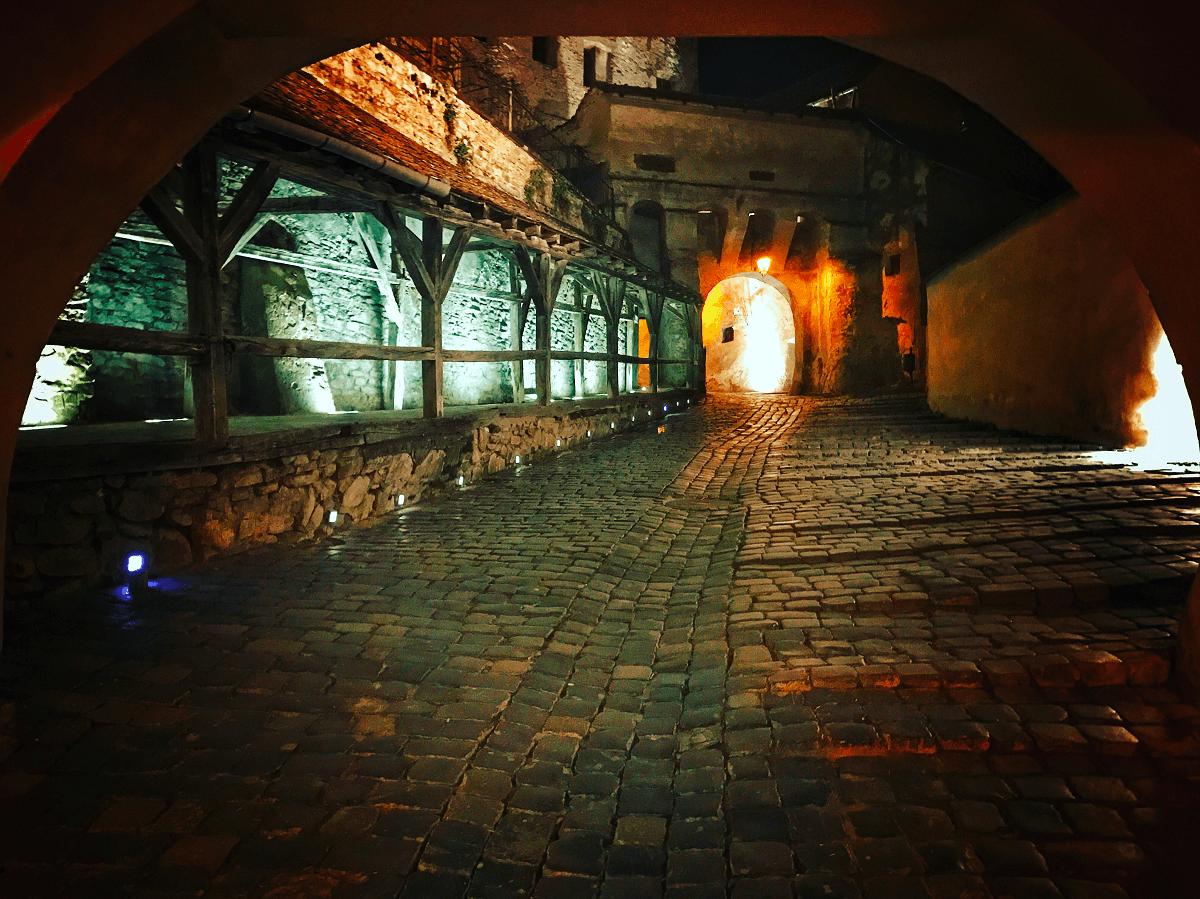 O plimbare prin Sighisoara POVESTEA LOCURILOR