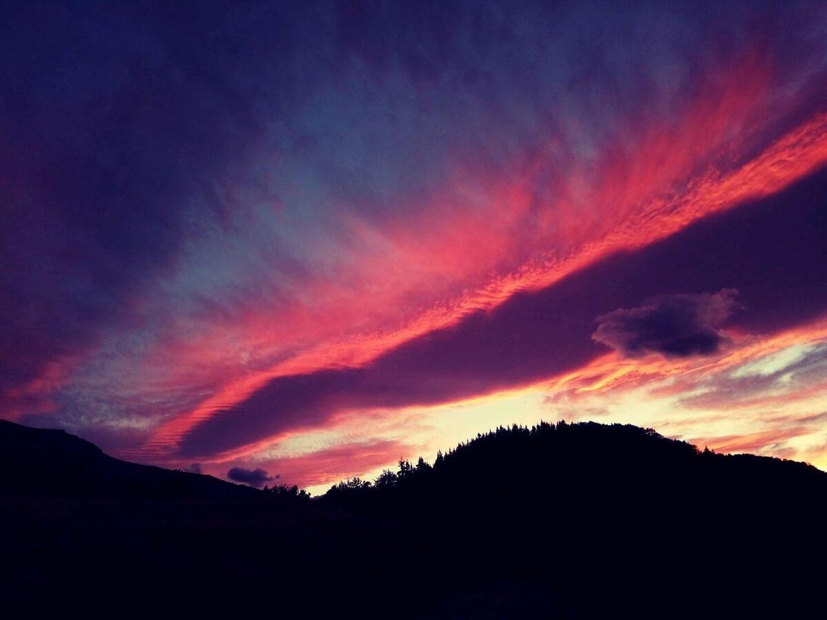 Cerul din VALEA JIULUI