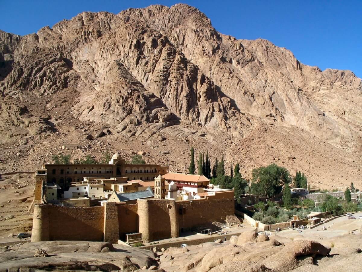Mănăstirea Sf. Ecaterina SINAI FEATURED