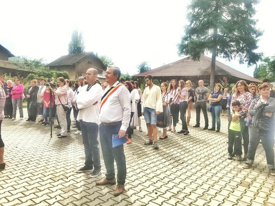 Satele UNITE ale României Eveniment 100 BARU 2