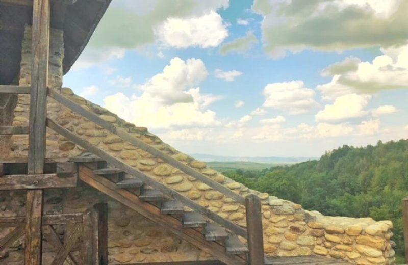 Cetatea de la Mălăiești, primul monument medieval din județul Hunedoara 5