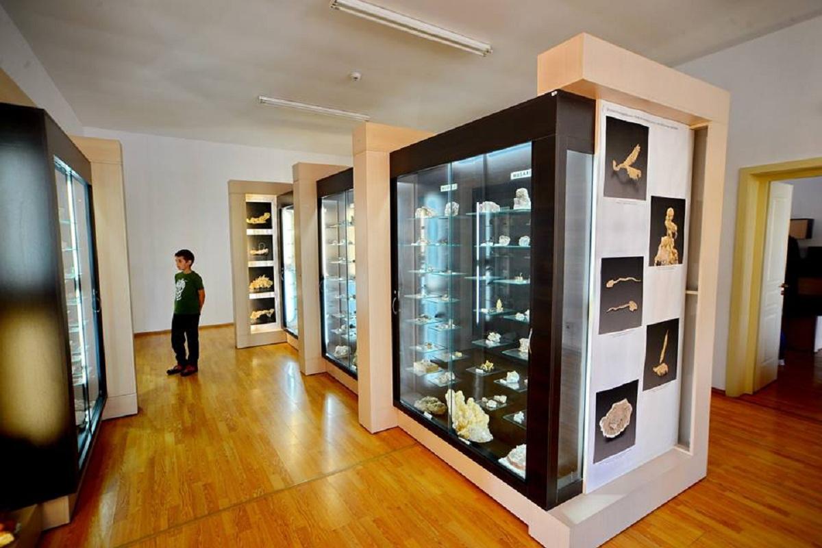 Muzeul Aurului BRAD Enjoy HUNEDOARA