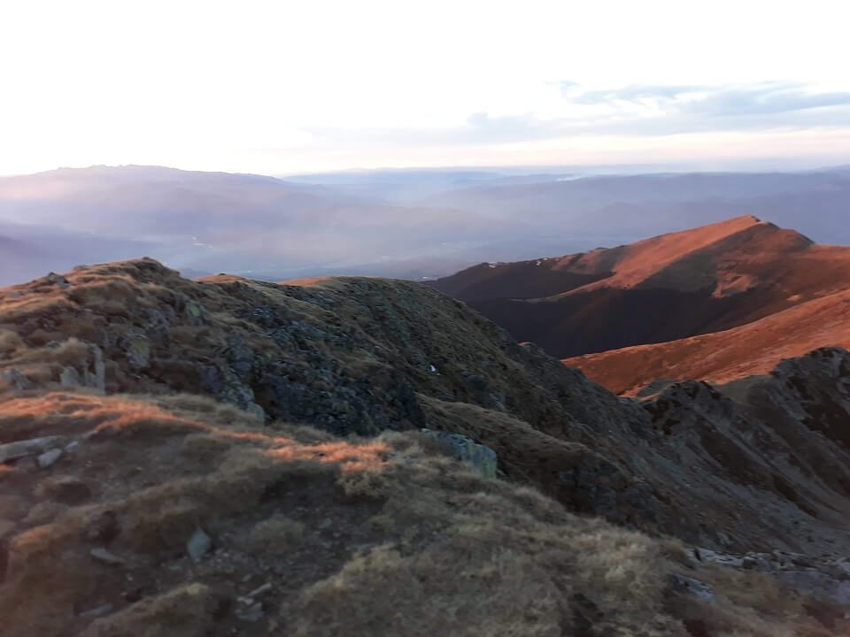 2 Vârful Cârja (2.405 m) la 360 °