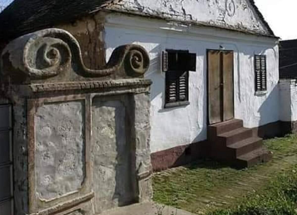 Casa autentic romaneasca