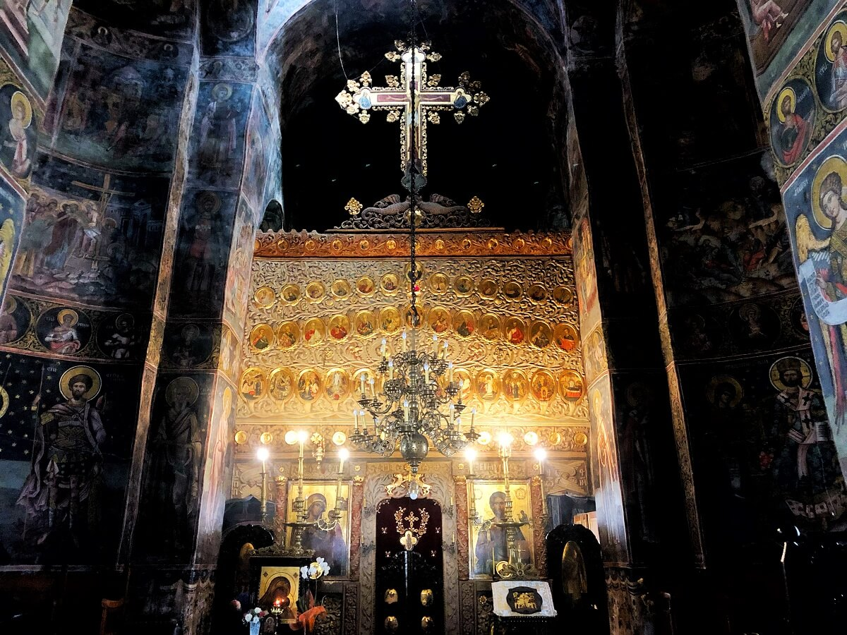 Manastirea Cozia Locul de odihna vesnica a lui Mircea cel Batran