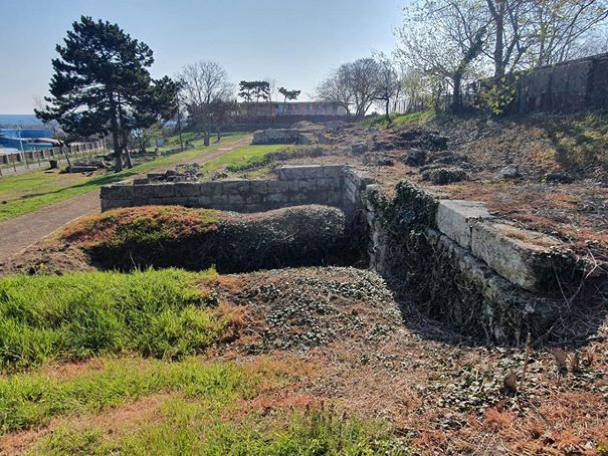 Bazilica creștină și incinta de nord de la Callatis 4