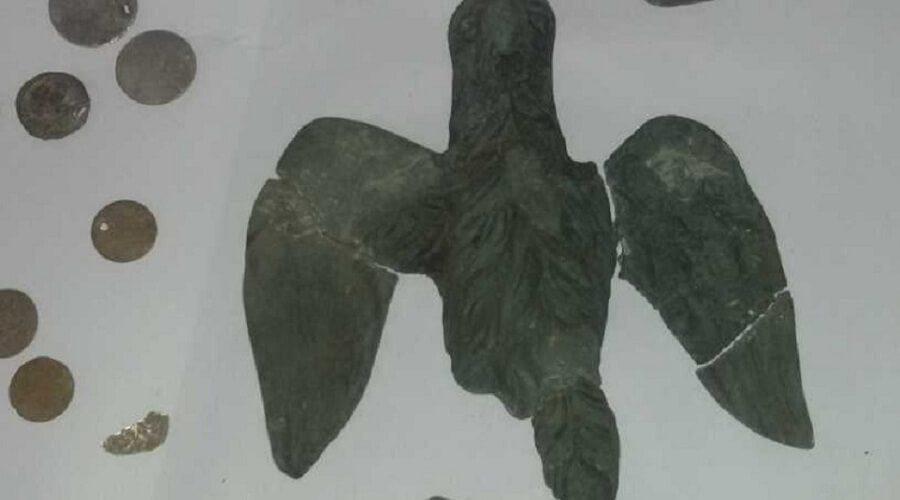2 The roman eagle from Horezu