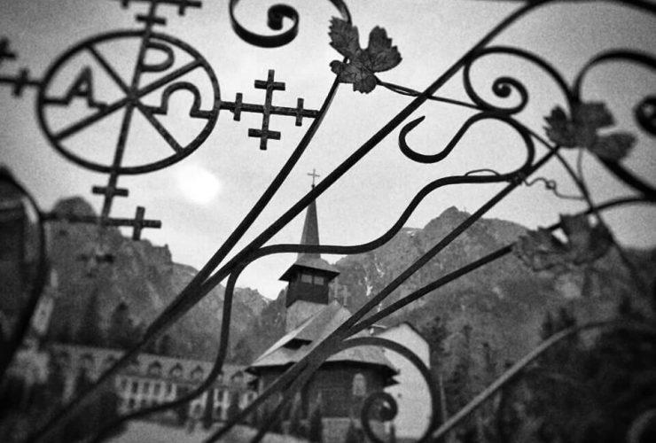 Mănăstirea Caraiman 1