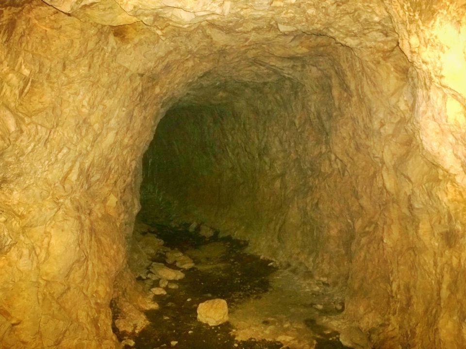 Tunelurile de la Sasca Română 3