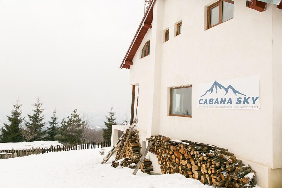 Teambuilding companii mici Cabana SKY Zona Parâng Valea JIULUI 2