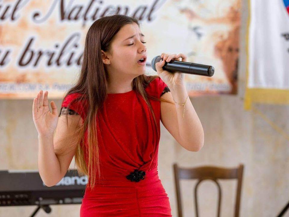 Țugulea Monica Ambasadoarea Văii JIULUI Festivalul Ursul din Carpați 4