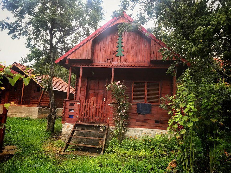 Muzeul Momârlanilor [ cabana ]