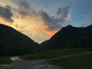 Spre Oboroca, Piatra Zănoagei, Masivul Tulişa, Munţii Retezat featured