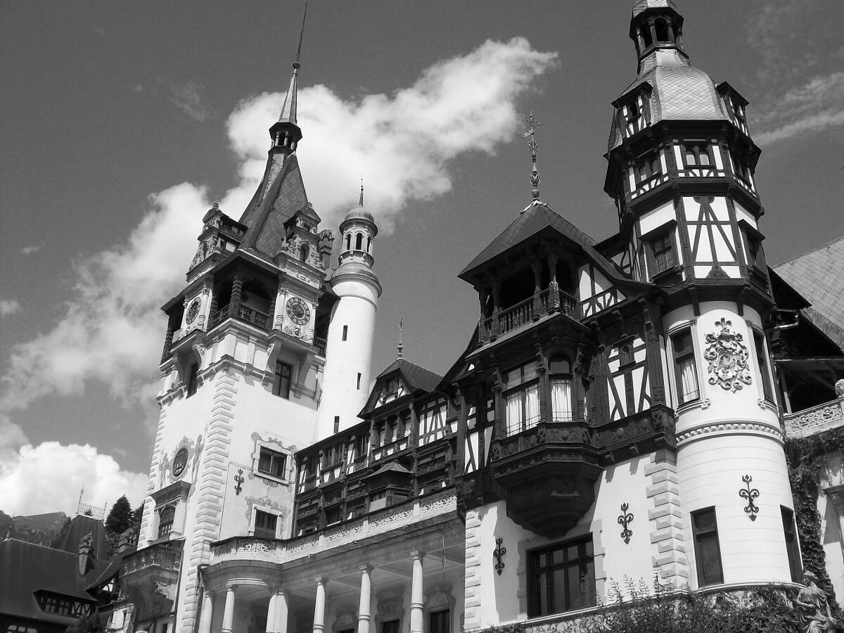 Castelul Peleș foto alb negru