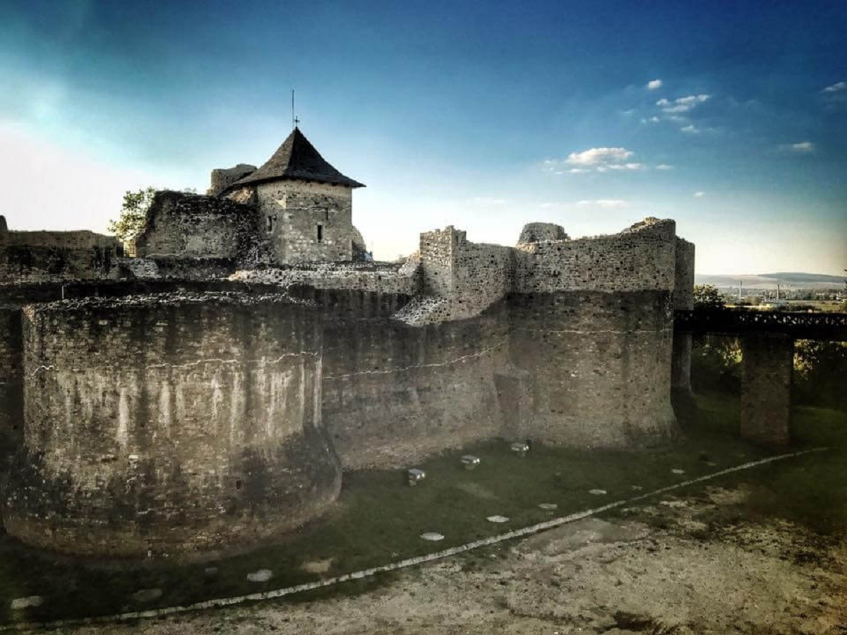 The unbeatable fortress Suceava Dinastia MUSATINILOR