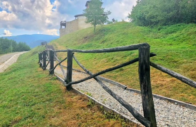 Cetatea de la Mălăiești, primul monument medieval din județul Hunedoara 1