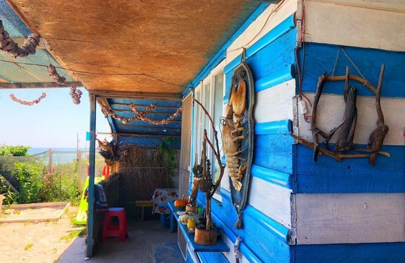 Tavernele pescărești de pe plaja din TUZLA 3