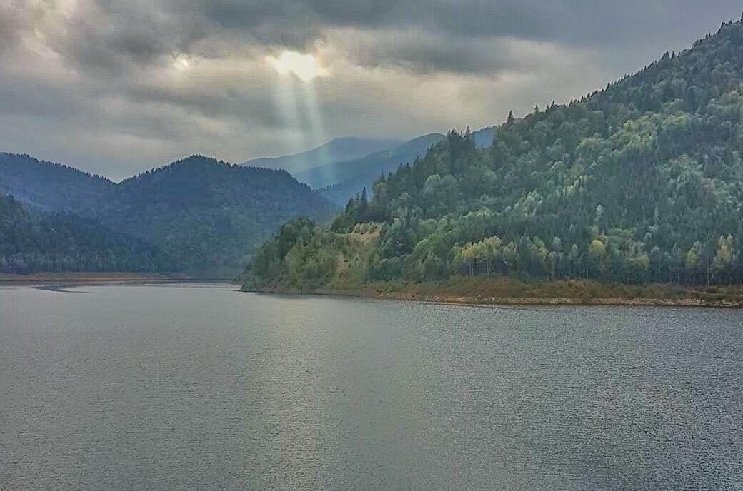 Cel mai frumos loc de pe Pământ Barajul GURA APELOR featured Povestea Locurilor