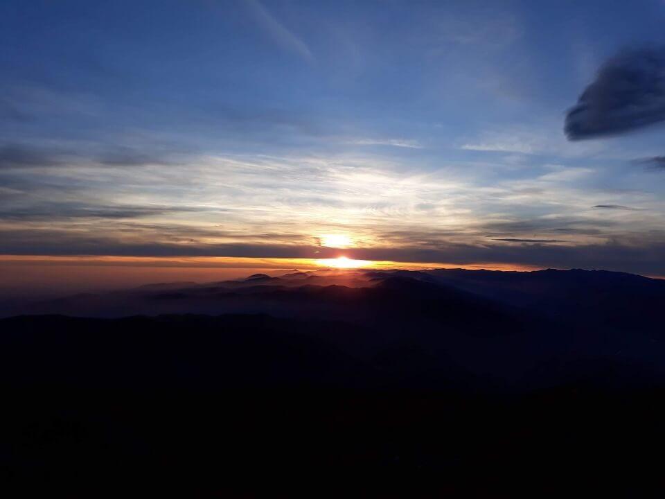 4 Vârful Cârja (2.405 m) la 360 °