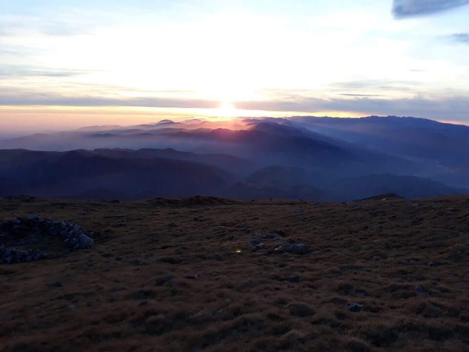 5 Vârful Cârja (2.405 m) la 360 °