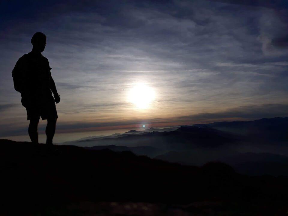 6 Vârful Cârja (2.405 m) la 360 °