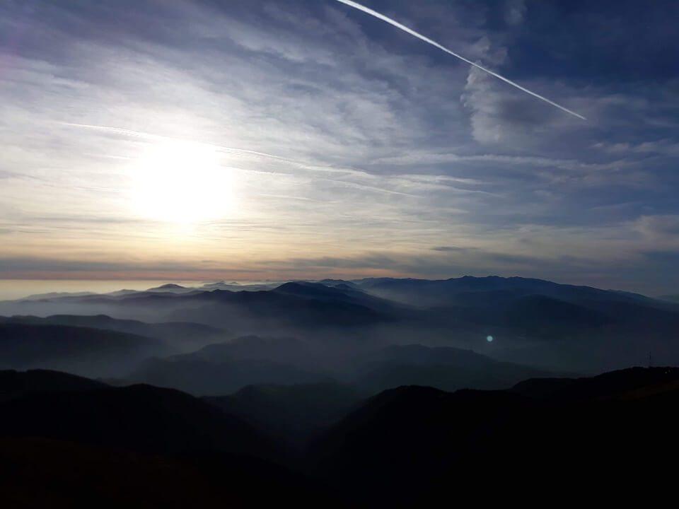 8 Vârful Cârja (2.405 m) la 360 °