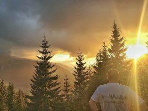 Bujorul de Munte Calatorie spre Transalpina si Drumetie Parangul MARE Povestea Locurilor