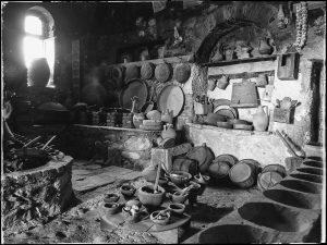 lumea străveche a momârlanilor din Valea JIULUI