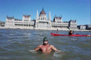 Avram Iancu record mondial BALATON Ungaria foto parlamentul Ungariei