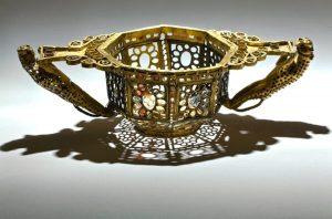 Tezaurul de la PIETROASELE Aurul DACILOR